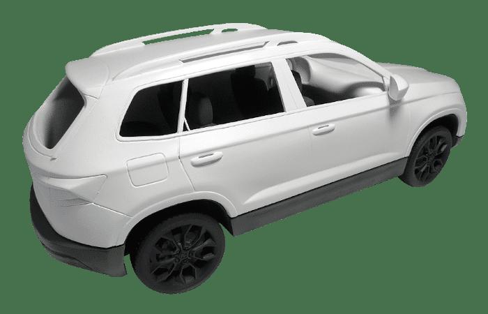 Wydruk samochodu osobowego, szlifowany oraz lakierwany. Wykonała go drukarnia 3D PROTOPLASTIC.